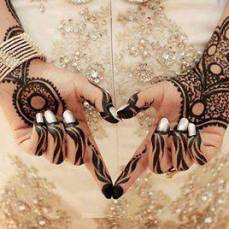 Latest Arabic mehndi design photos 18