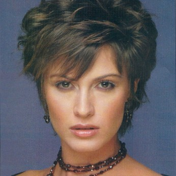 short layered haircuts 14