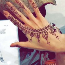 Arabic mehndi design 10