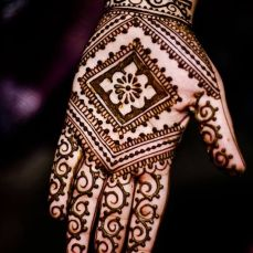 Arabic mehndi design 20