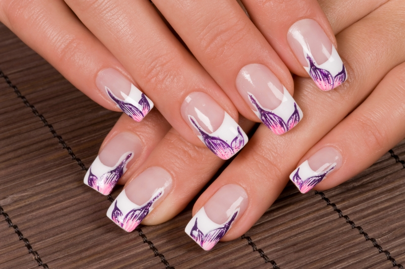 16 french manicure nail art designs to flaunt this season indian makeup and beauty blog. Black Bedroom Furniture Sets. Home Design Ideas