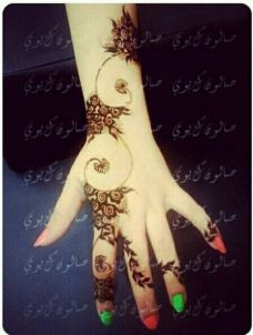 Images of simple mehndi designs for hands 14
