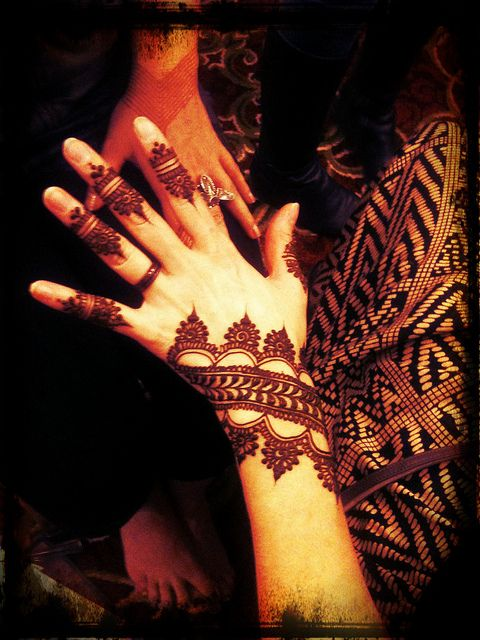 Images of simple mehndi designs for hands 17
