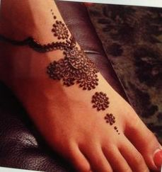 Images of simple mehndi designs for hands 24