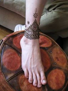Images of simple mehndi designs for hands 26