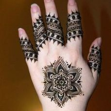 Images of simple mehndi designs for hands 27