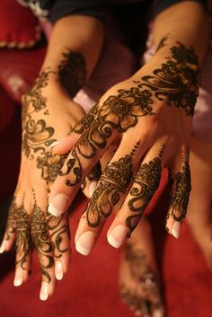 Images of simple mehndi designs for hands 28
