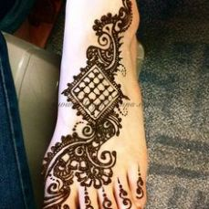 Images of simple mehndi designs for hands 32