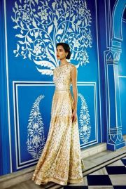 Indian wedding outfits 09