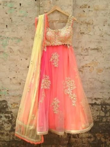 Indian wedding outfits 19