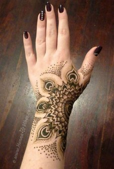 Mehndi Designs Inspired by Indian summer 15