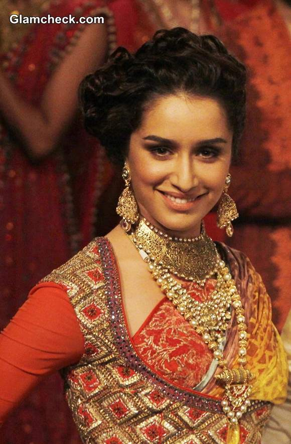 Spectacular Indian bridal hairstyles for short and curly hair - Indian ...