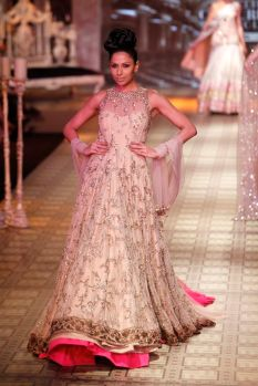 Indian Bridal Lehenga Designs 09