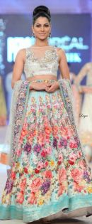 Indian Bridal Lehenga Designs 17