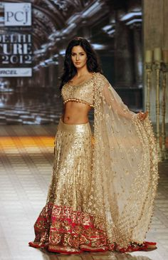 Indian Bridal Lehenga Designs 21