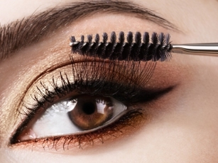 how to do makeup at home 06
