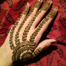 Simple mehndi designs 20