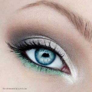 Smokey eye makeup 23