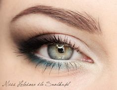 Smokey eye makeup 33