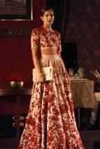 designer lehenga designs for wedding 15