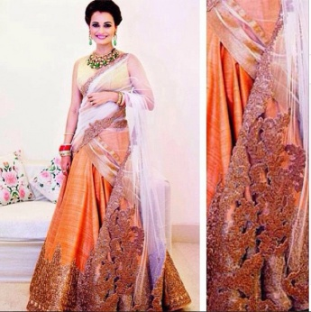 designer lehenga designs for wedding 20