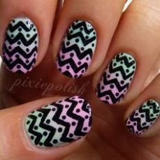 Nail art at home 24