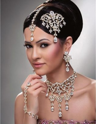 Traditional Indian wedding hairstyles 01