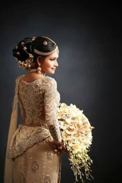 Traditional Indian wedding hairstyles 08