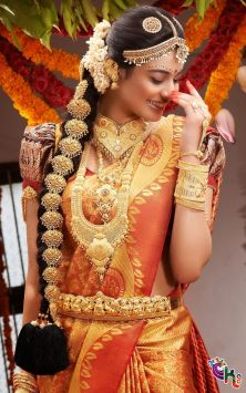 Traditional Indian wedding hairstyles 09