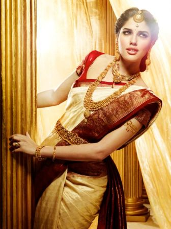 Traditional Indian wedding hairstyles 15
