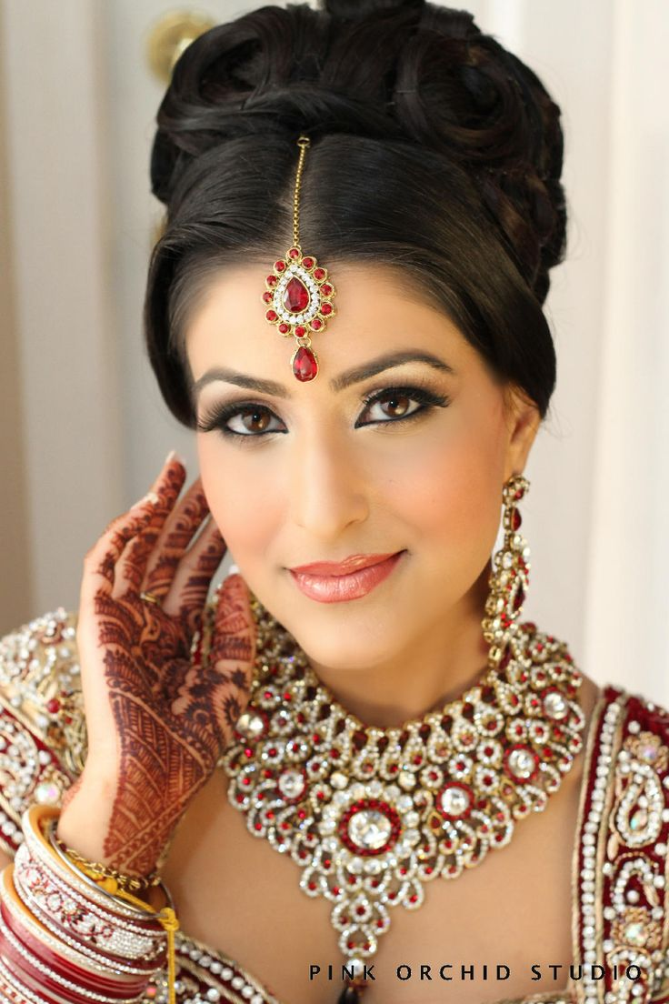 traditional indian wedding hairstyles 18 | indian makeup and