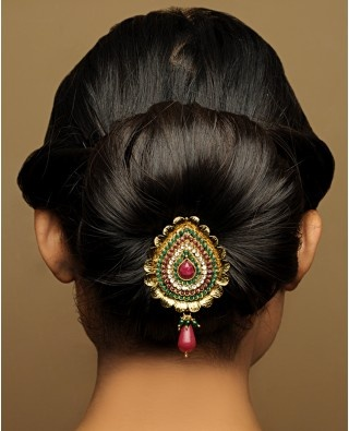 Traditional Indian wedding hairstyles 19