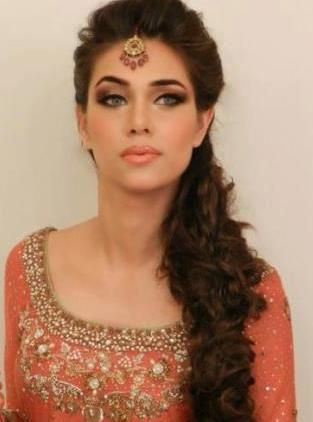 Traditional Indian wedding hairstyles 20
