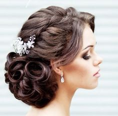 indian wedding hairstyles 39