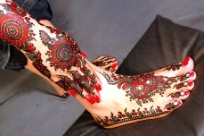 Mehendi Designs for Your Hands 15