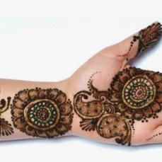 Mehendi Designs for Your Hands 9