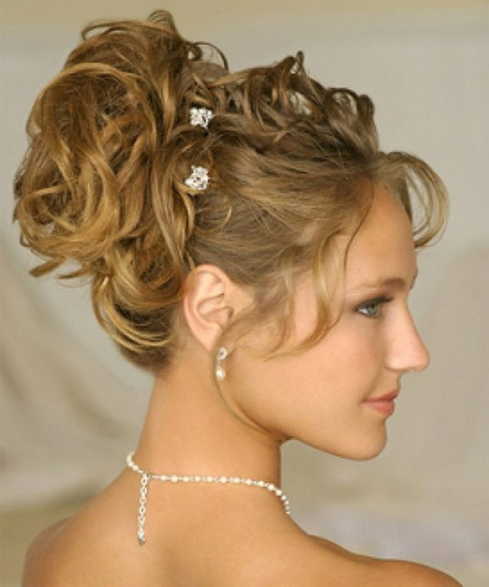 Strange 6 New Hairstyles For Women With Wavy Hair Glamivy Hairstyles For Women Draintrainus