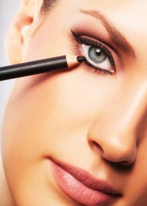 how to do eye makeup 07