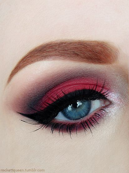 5 Stunning tips on how to do smokey red eye makeup for Karwa Chauth