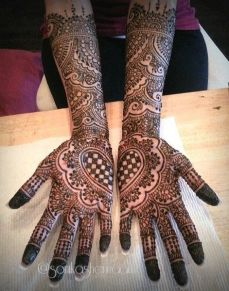 Mehndi design for hands 12