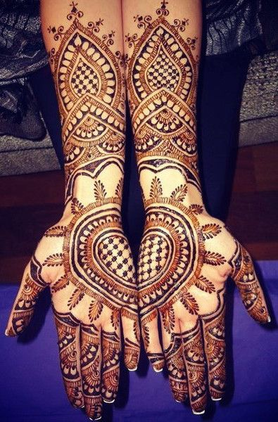 Mehndi design for hands 14