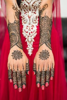 Mehndi design for hands 17