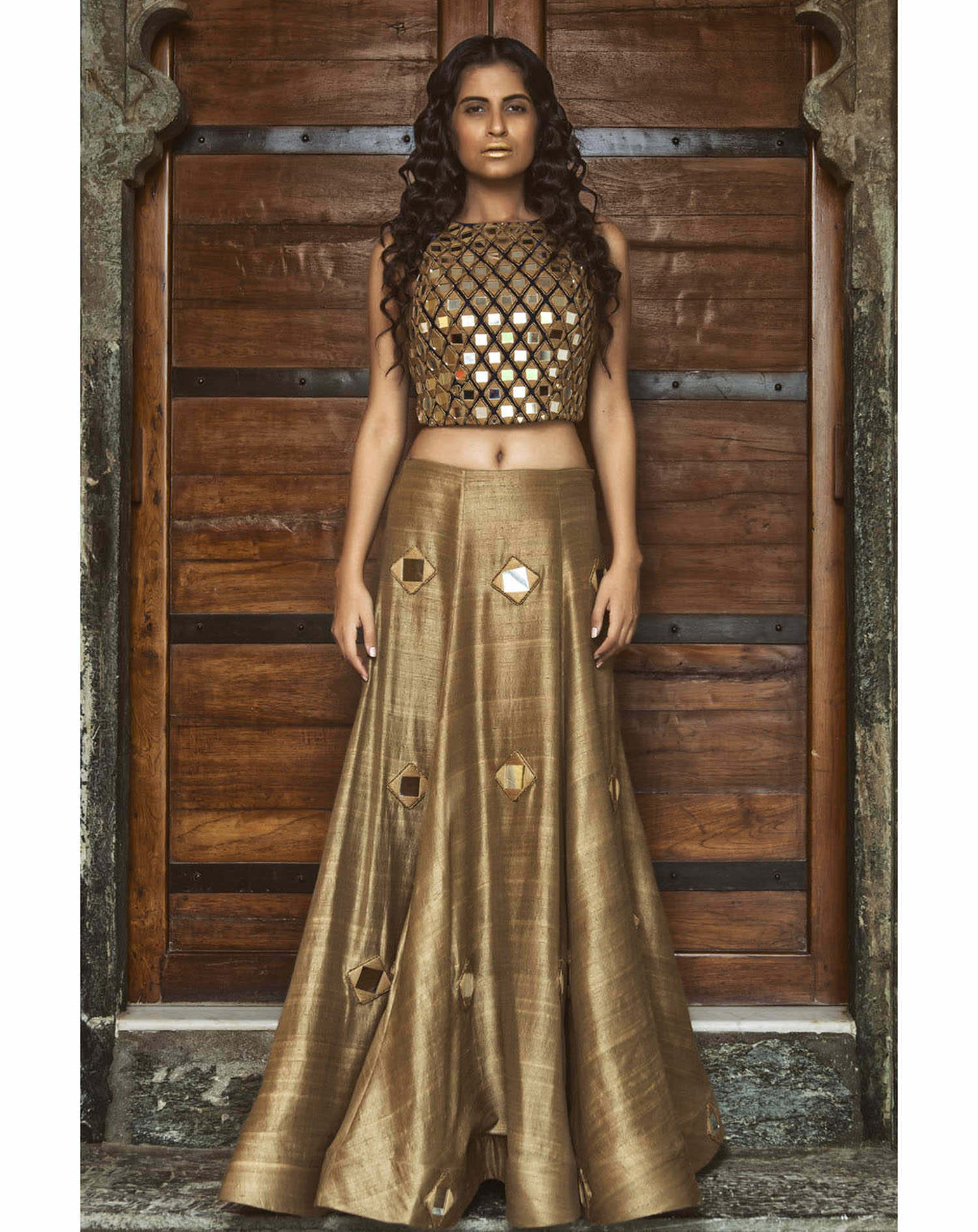 30 Beautiful Indian outfit ideas for Navratri celebrations ...