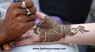 Pretty mehndi designs 03