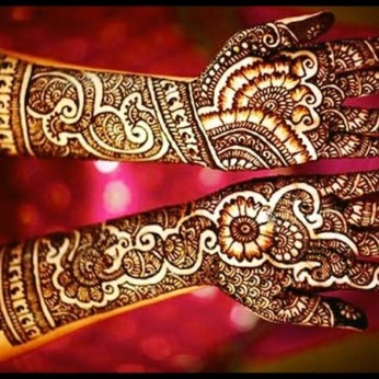 Pretty mehndi designs 04