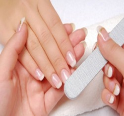 manicure and pedicure 02