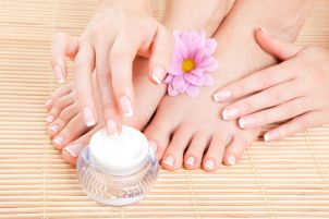 manicure and pedicure 06