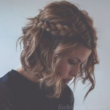 Medium length hairstyles for women 14