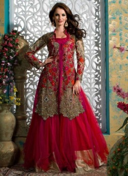 22 Winter wedding dress ideas for a bride to be Indian Makeup