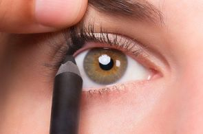 best way to apply eye makeup 03